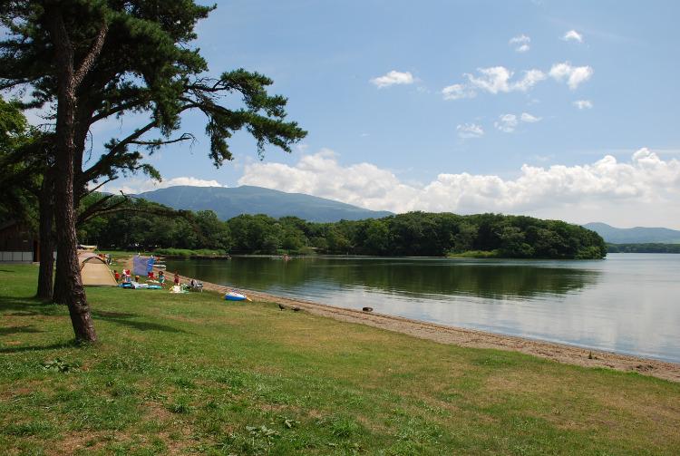 湖畔エリア